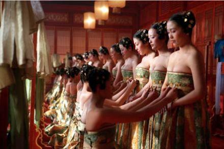 Muôn hình các kiểu kiểm tra trinh tiết kỳ bí của phụ nữ thời xưa.