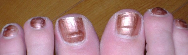 Bí mật đằng sau màu sắc móng chân, móng tay.