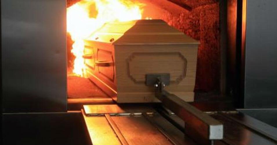 Nên chôn cất hay hỏa táng người đã mất